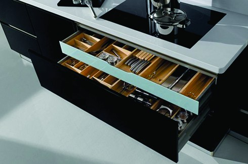 Contemporary kitchens by hacker the inside track for Hacker kitchen designs