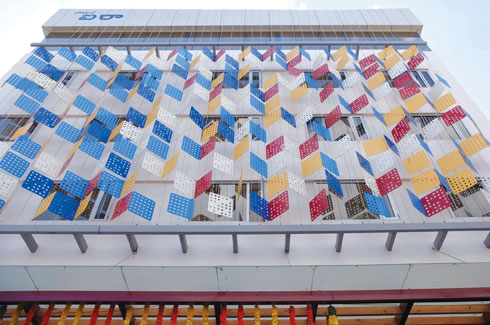 FunderMax, façade cladding, Max Resistance2, functionality.