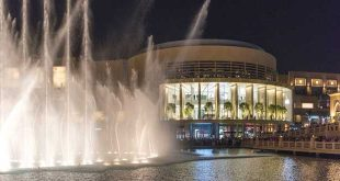 Apple, Dubai Mall, Foster + Partners, Burj Khalifa, Norman Foster.